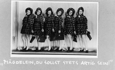 The Westerbork girls on stage (source: Memorial Center Camp Westerbork)